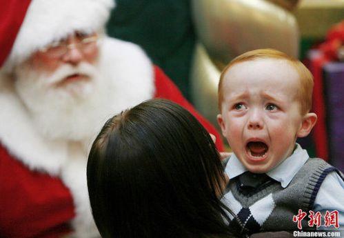 santa_crying_kid1
