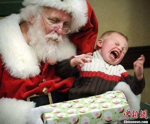 santa_crying_kid4