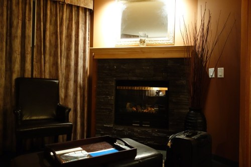 banff2_11_fireplace