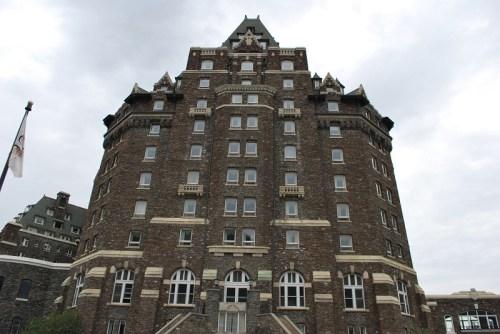 banff3_10_hot-spring_hotel
